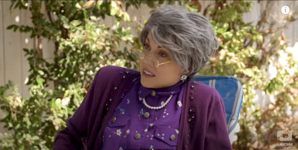 Jenny Lorenzo is back with abuela and her frenemy Mirta in another hilarious sketch -this time, on who does quarantine better.