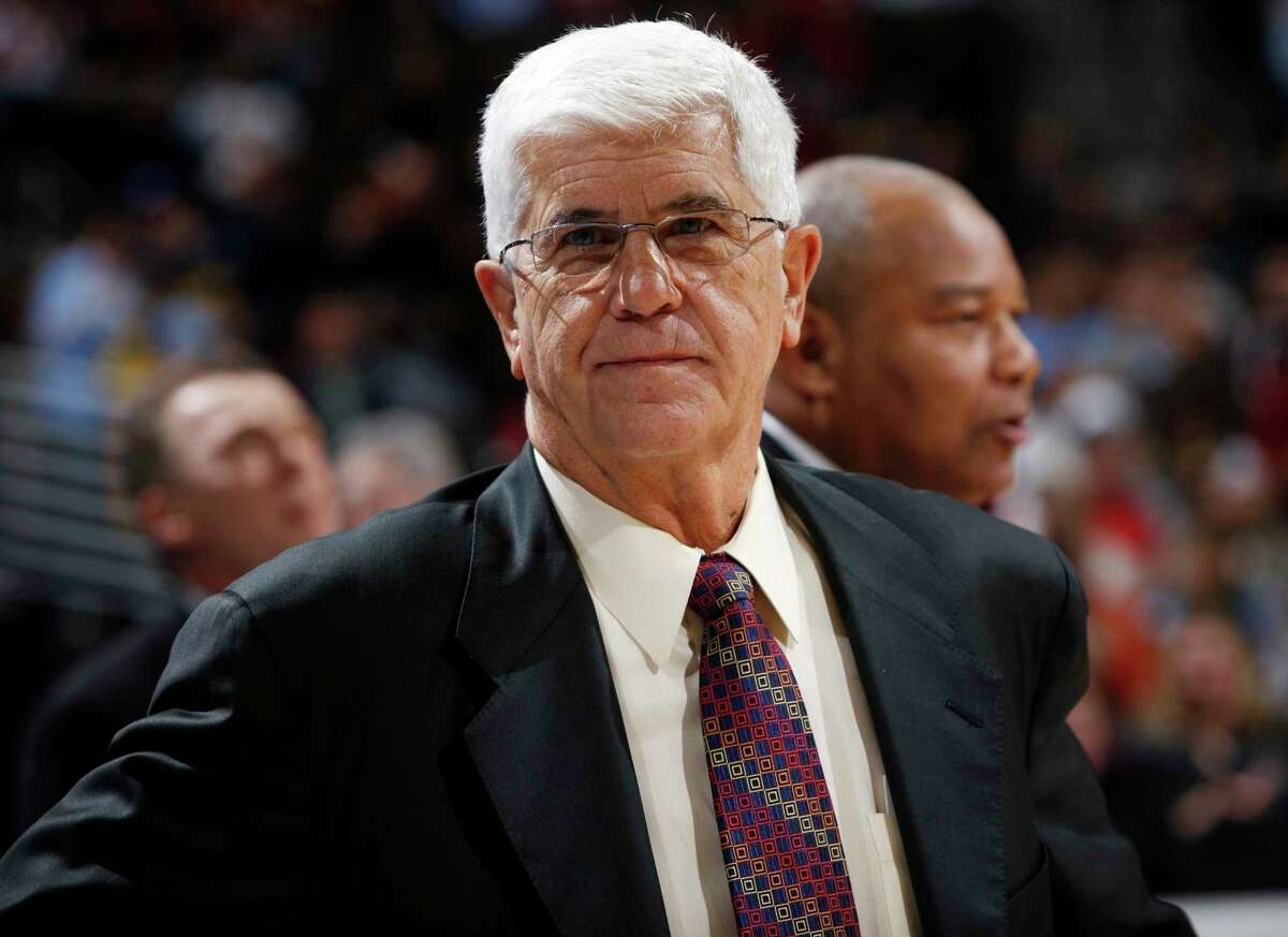 Longtime NBA coach and former Rockets boss Del Harris is the recipient of this year's Chuck Daly Lifetime Achievement Award, as presented by the National Basketball Coaches Association. Harris coached in the NBA for 32 seasons, 14 of them as a head coach with the Rockets, Bucks and Lakers.