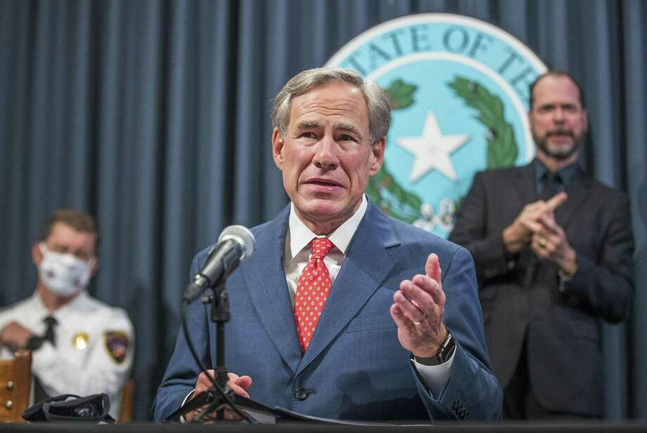 The Texas State Board of Social Work Examiners will no longer prohibit social workers from turning away clients on the basis of disability, sexual orientation or gender identity. The change comes after a recommendation from Gov. Greg Abbott's office. Photo: RICARDO B. BRAZZIELL, MBR / TNS / Austin American-Statesman