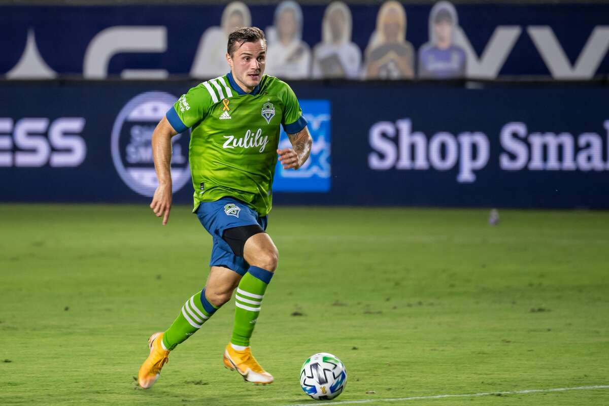 CARSON, CA - SEPTEMBER 27: Jordan Morris #13 of Seattle Sounders controls the ball during the MLS match against Los Angeles Galaxy at the Dignity Health Sports Park on September 27, 2020 in Carson, California. The Sounders won the match 3-1. (Photo by Shaun Clark/Getty Images)