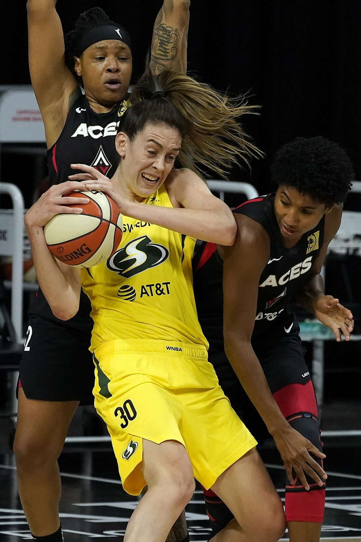 Seattle's Breanna Stewart had 37 points and 15 rebounds.