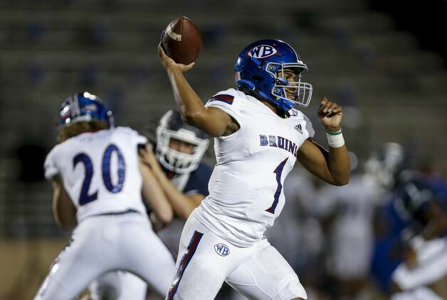 West Brook quarterback Bryce Anderson (1) throws the ball against Tomball Memorial during the first half of the game at Tomball ISD Stadium Friday, Oct. 2, 2020, in Tomball, Texas. Photo: Godofredo A Vásquez/Staff Photographer / © 2020 Houston Chronicle