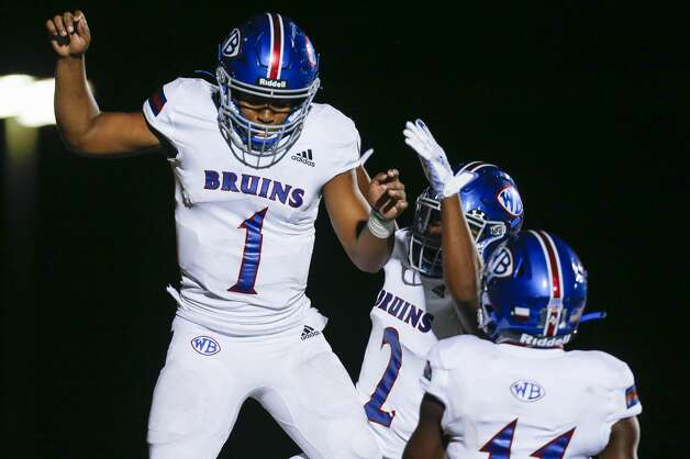 West Brook quarterback Bryce Anderson (1) celelrbaets after scoring a rushing touchdown against Tomball Memorial during the second half of the game at Tomball ISD Stadium Friday, Oct. 2, 2020, in Tomball, Texas. Photo: Godofredo A Vásquez/Staff Photographer / © 2020 Houston Chronicle
