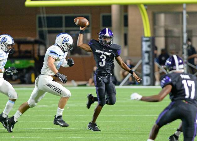 Jaymarcus Wilson (3) of Morton Ranch releases a pass during the second half of a non-conference football game between the Paetow Panthers and the Morton Ranch Mavericks on Friday, October 2, 2020 at Legacy Stadium, Katy, TX. Photo: Craig Moseley/contributor / ©2020 Craig Moseley