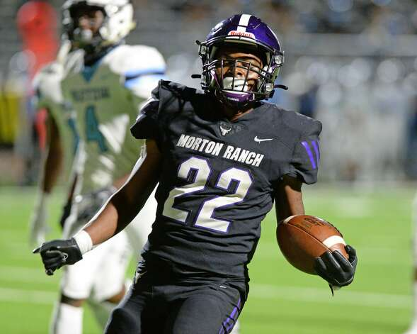 Karsten Christopher (22) of Morton Ranch carries for a touchdown during the second half of a non-conference football game between the Paetow Panthers and the Morton Ranch Mavericks on Friday, October 2, 2020 at Legacy Stadium, Katy, TX. Photo: Craig Moseley/contributor / ©2020 Craig Moseley