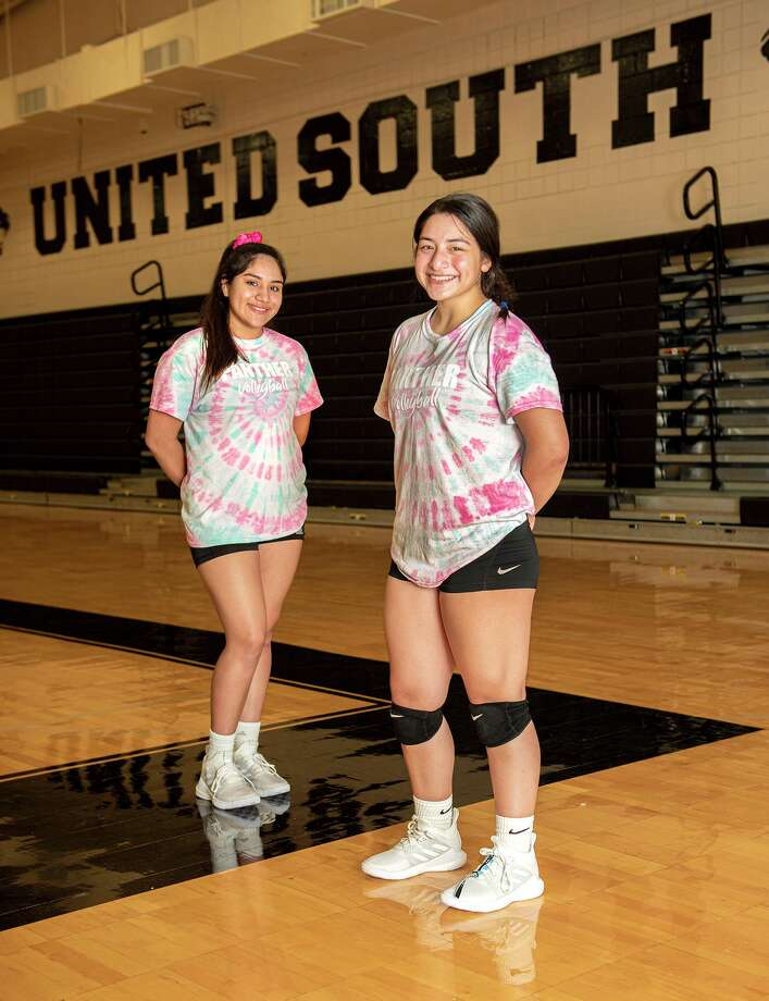 Michelle Hernandez and Jazmine Mendiola are using their experience to help United South push for a third straight playoff appearance. Photo: Danny Zaragoza /Laredo Morning Times