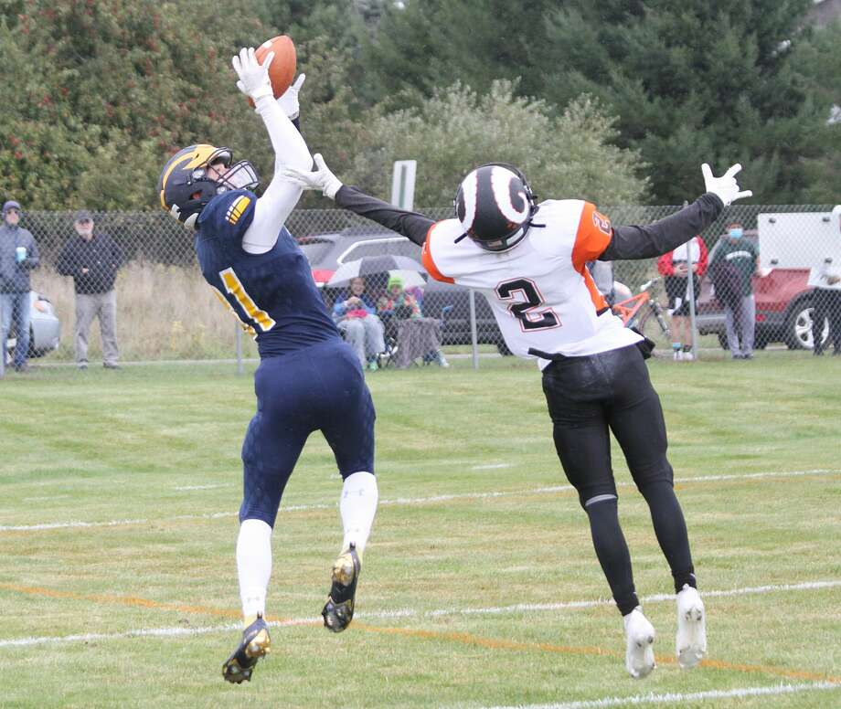 The Manistee football team topped Harbor Springs 42-20 on Saturday, Oct. 3, 2020 at Chippewa Field. Photo: Dylan Savela/News Advocate