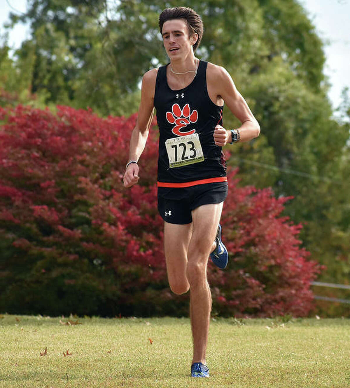 Edwardsville's Ryan Watts runs alone on the lead to finish first in the SWC Meet on Saturday at Clinton Hills Conservation Park in Swansea.