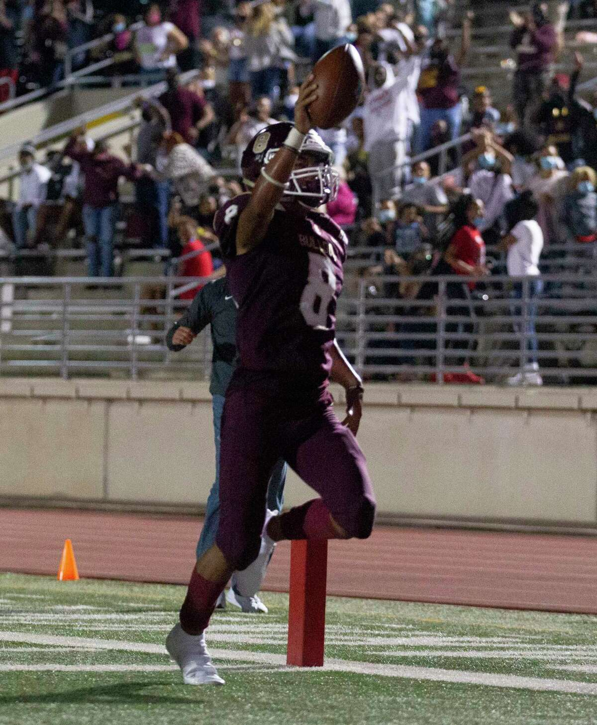 Summer Creek defensive back Matai Tomas (8) returns a interception 99 yards for a touchdown during the third quarter of a non-district high school football game at Turner Stadium, Saturday, Oct. 3, 2020, in Humble.