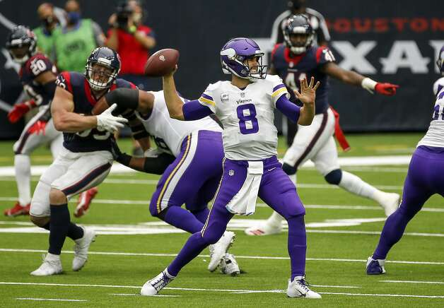 Minnesota Vikings quarterback Kirk Cousins (8) passes the ball during the second quarter of an NFL game on Sunday, Oct. 4 2020, at NRG Stadium in Houston. Photo: Jon Shapley/Staff Photographer / © 2020 Houston Chronicle