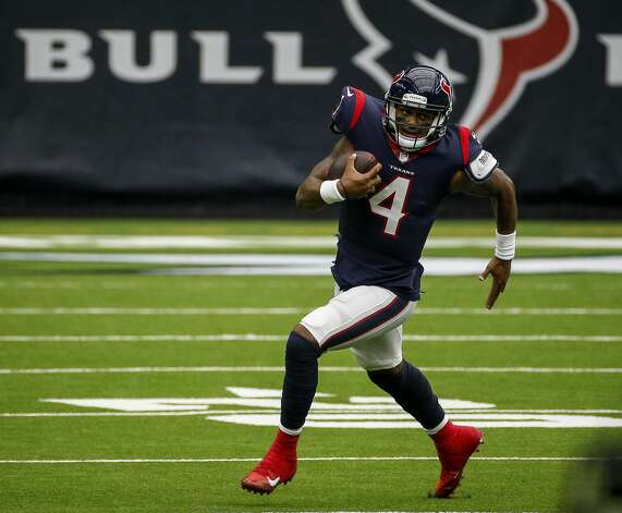 Houston Texans quarterback Deshaun Watson (4) scrambles during the first quarter of an NFL game on Sunday, Oct. 4 2020, at NRG Stadium in Houston. Photo: Jon Shapley/Staff Photographer / © 2020 Houston Chronicle