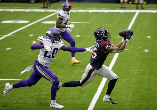 Houston Texans wide receiver Will Fuller (15) catches a pass while defended by Minnesota Vikings cornerback Jeff Gladney (20) during the third quarter of an NFL game on Sunday, Oct. 4 2020, at NRG Stadium in Houston. Photo: Jon Shapley/Staff Photographer / © 2020 Houston Chronicle