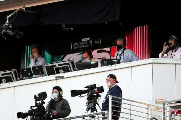 Nbc S Al Michaels And Cris Collinsworth Again Wear Masks But Without The Snark Sfchronicle Com