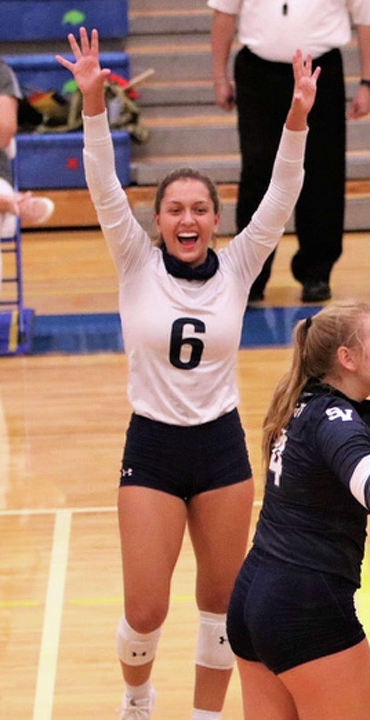 Jaci Mesa is a junior libero for Smithson Valley.