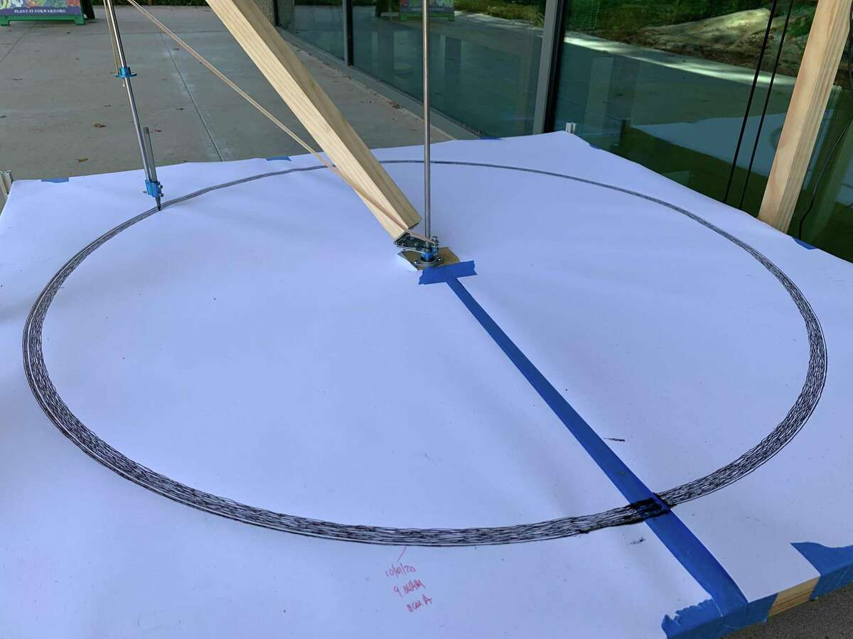 The Houston Arboretum & Nature Center presents M.E.&T., an art exhibit by local artist James Templeton, during the month of October. M.E.&T. is a drawing machine outfitted with sensors that track a plant's rate of photosynthesis.