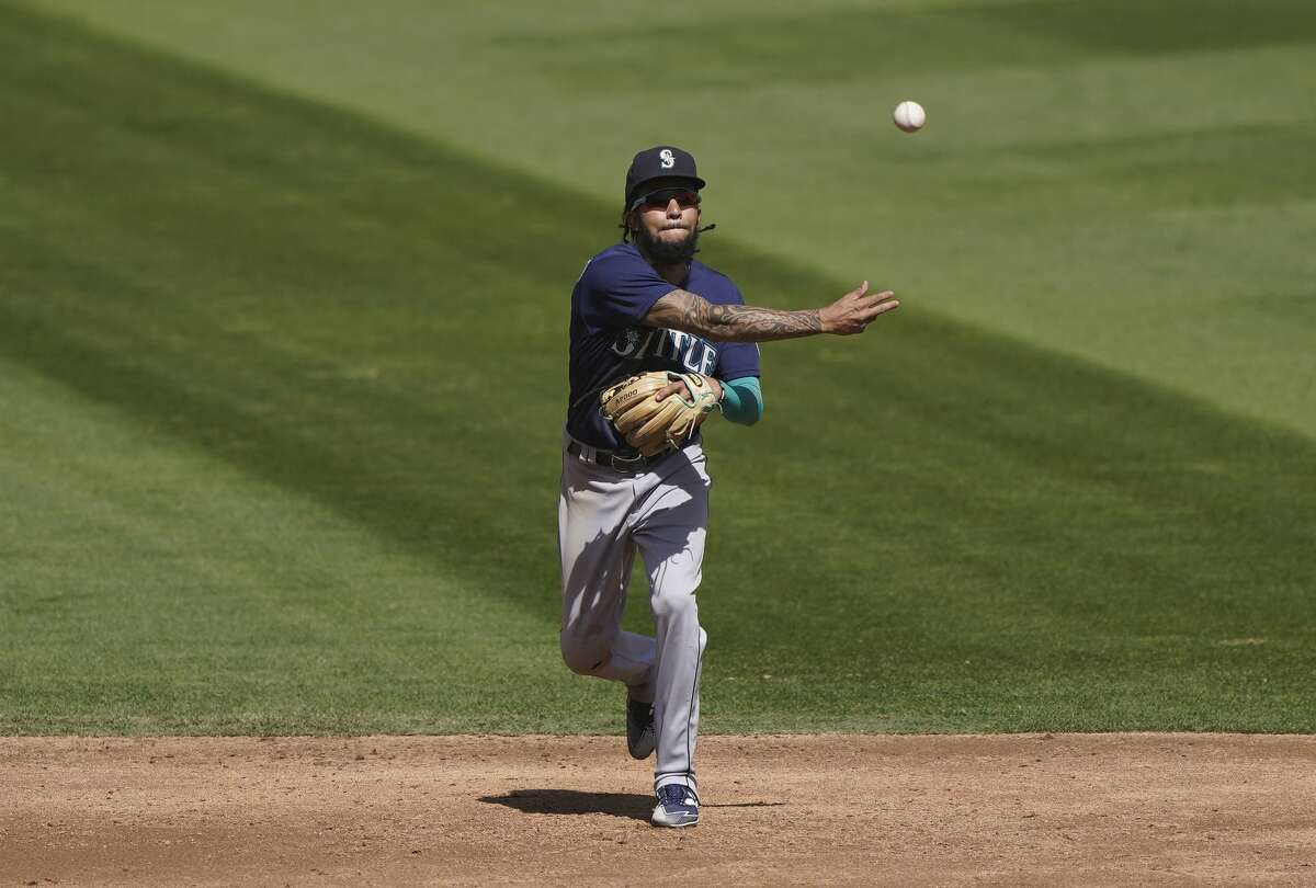 Seattle Mariners first baseman Evan White and shortstop J.P. Crawford (picture) have been named 2020 Rawlings American League Gold Glove winners at their respective positions, Major League Baseball and the Rawlings Sporting Goods Company announced Tuesday night.