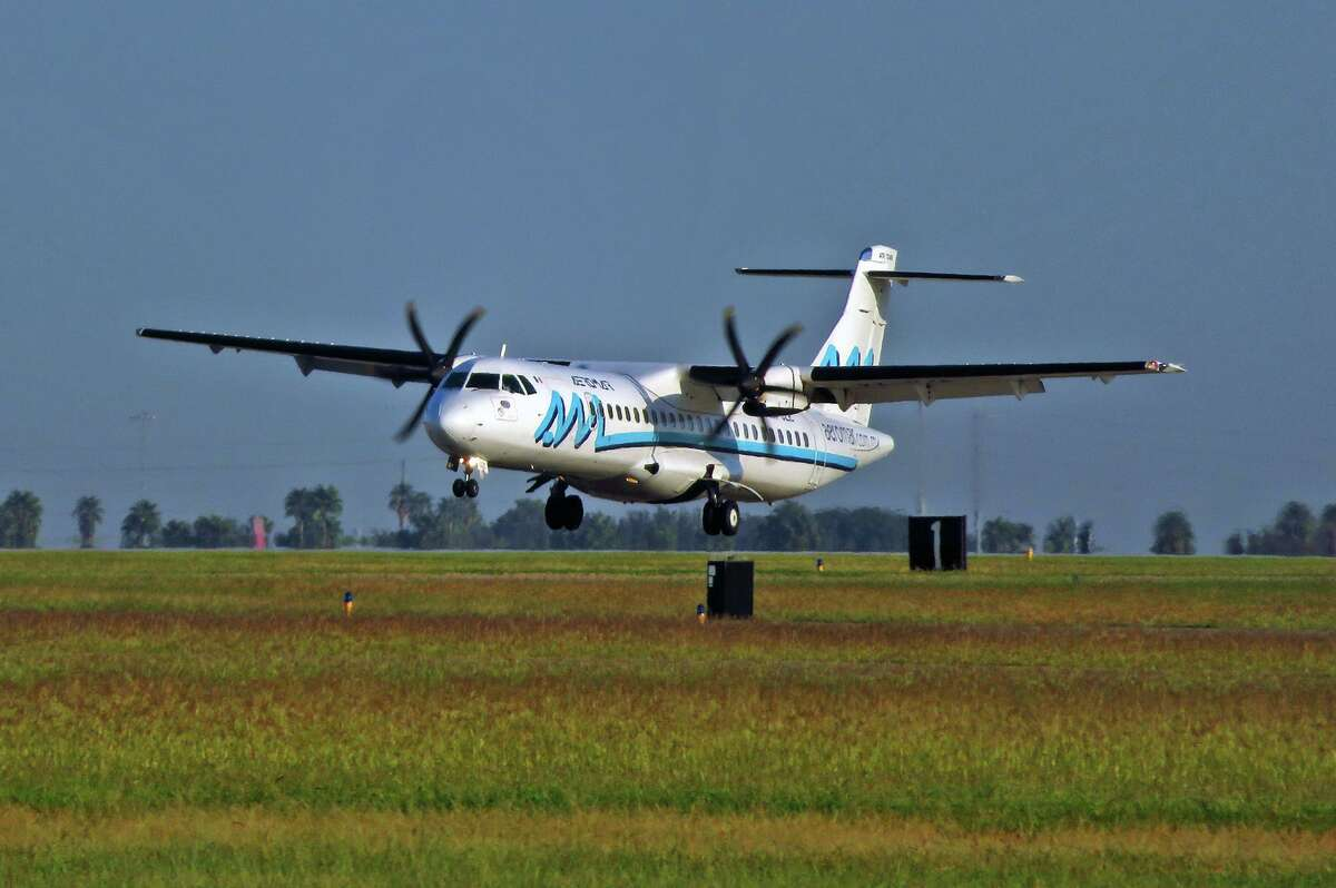 The inaugural flight for AeroMar lands at the Laredo International Airport in October of 2020.