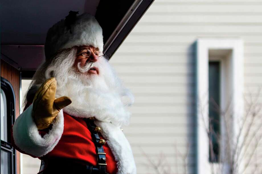 The 2020 Santa Parade in Midland was cancelled. (file photo)