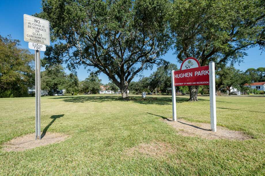 Hughen Park at 2749 Lakeshore Drive in Port Arthur. Port Arthur voters will weigh in on the sale of six city parks during November's election. Photo made on October 06, 2020. Fran Ruchalski/The Enterprise Photo: Fran Ruchalski/The Enterprise / © 2020 The Beaumont Enterprise