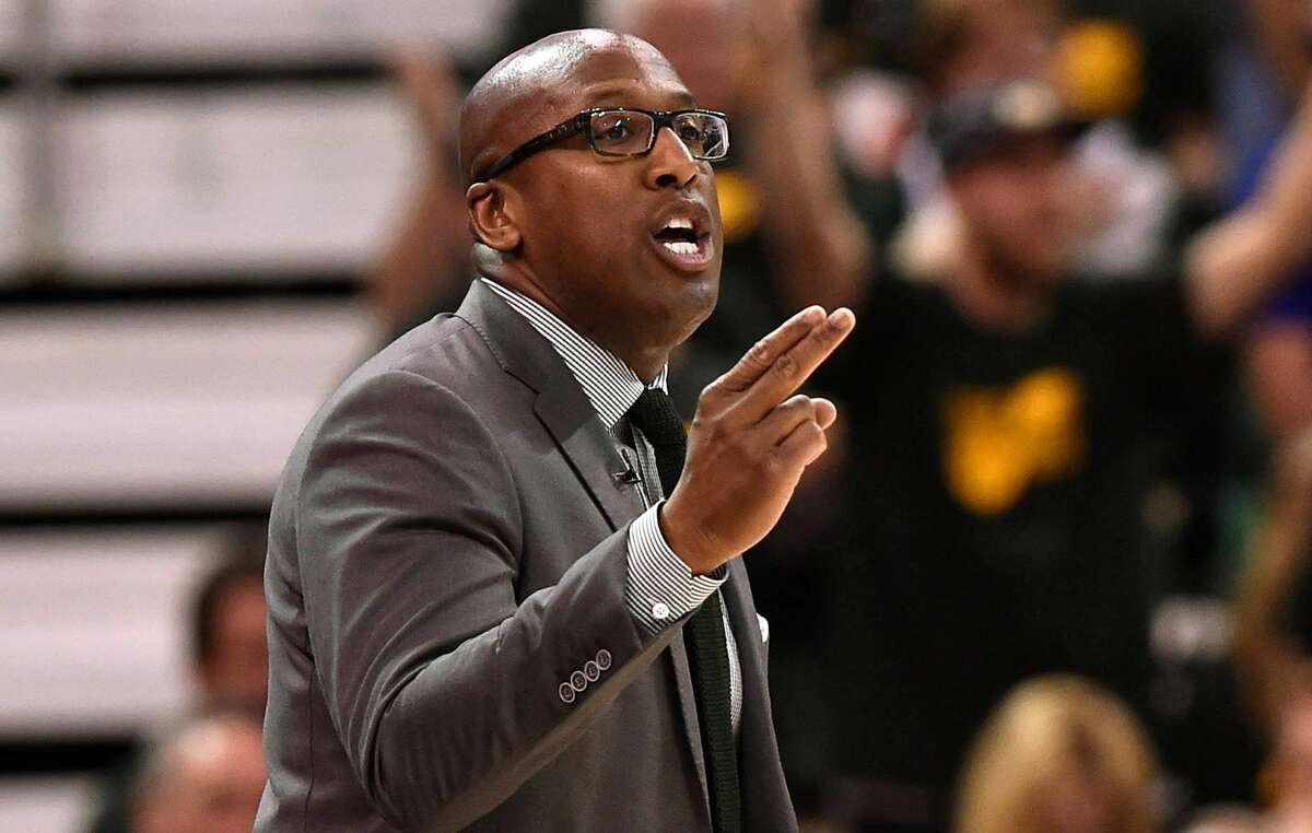 Acting head coach Mike Brown of the Golden State Warriors gestures during the first half against the Utah Jazz in Game Three of the Western Conference Semifinals during the 2017 NBA Playoffs.