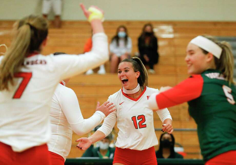 The Woodlands setter Clara Brower (12), shown here in September, broke the school record in career assists Tuesday night against St. Agnes. Photo: Jason Fochtman, Houston Chronicle / Staff Photographer / 2020 © Houston Chronicle
