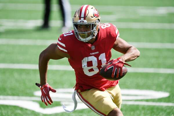 EAST RUTHERFORD, NEW JERSEY - SEPTEMBER 20: Jordan Reed #81 of the San Francisco 49ers carries the ball during the first half against the New York Jets at MetLife Stadium on September 20, 2020 in East Rutherford, New Jersey. (Photo by Sarah Stier/Getty Images)
