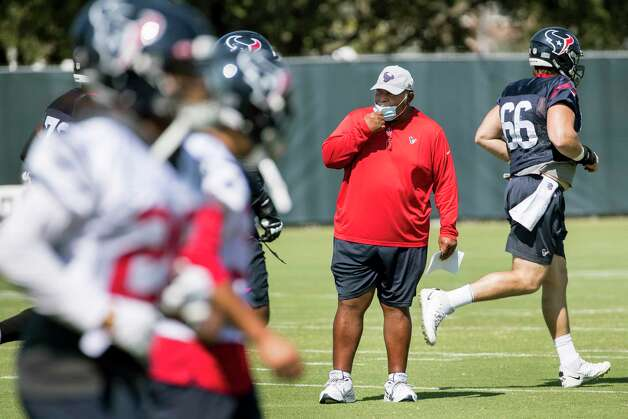 Houston Texans interim head coach Romeo Crennel starts his first practice leading the team Wednesday, Oct. 7, 2020, at The Houston Methodist Training Center in Houston. Crennel takes over for fired Houston head coach Bill O'Brien, who was fired this week after an 0-4 start. Photo: Brett Coomer, Staff Photographer / © 2020 Houston Chronicle