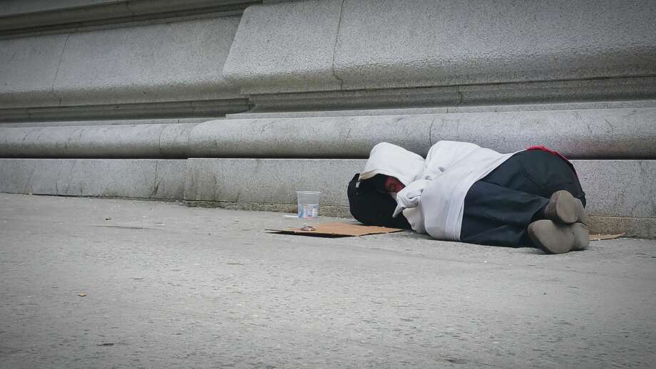 As cold weather approaches in west-central Illinois, shelter for the homeless could be scarce because of pandemic restrictions. Photo: Elvin Quinones