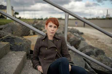 Tana French in Dublin, Sept. 25, 2020. The beloved crime novelist has written a Western-inflected mystery with her first American protagonist and a back story that touches on police violence and systemic racism. (Paulo Nunes dos Santos/The New York Times)
