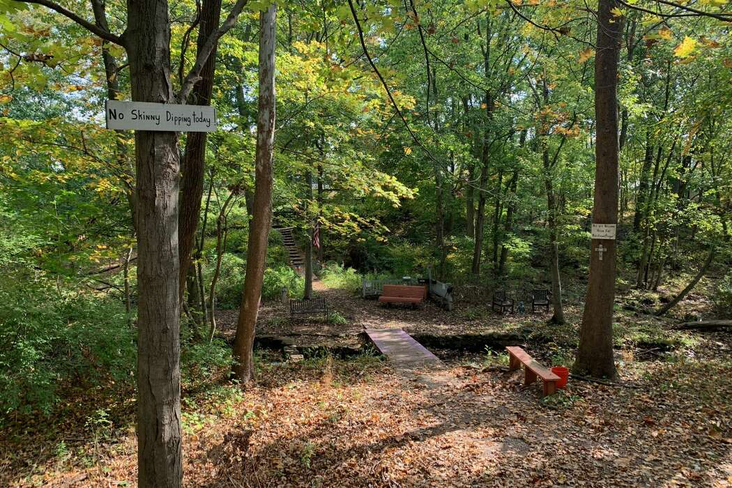 15 Connecticut hiking trails to trek this fall