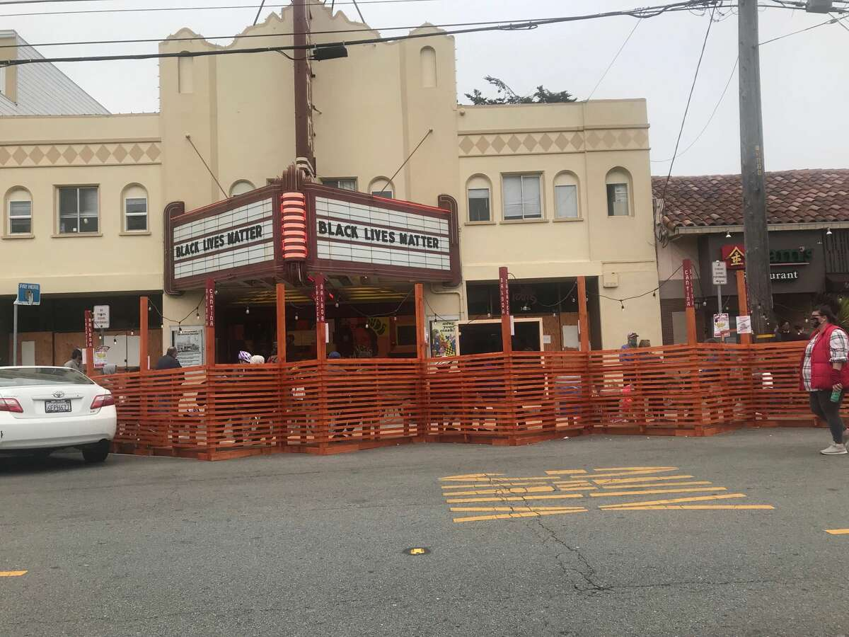 The Balboa Theater has opened this parklet in the Richmond District. They have movie viewings on Fridays and Saturdays.