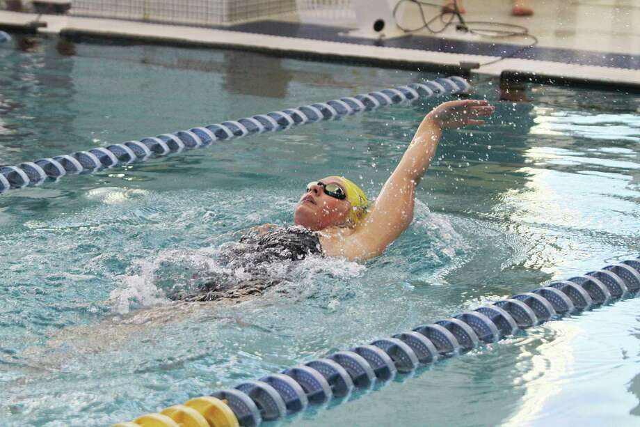 Maygen Vasquez swims the individual medley on Thursday. (Dylan Savela/News Advocate)