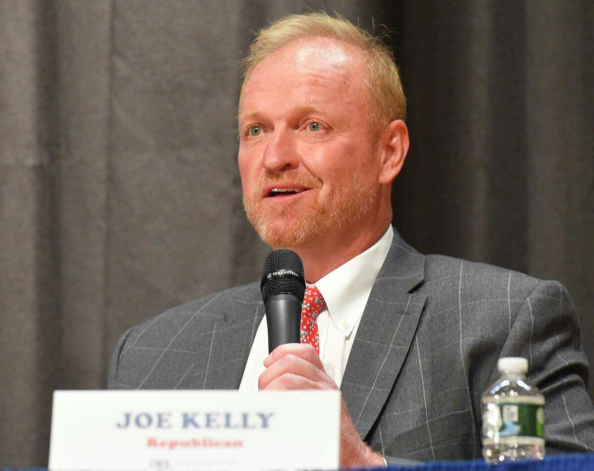 Republican state representative candidate Joe Kelly, seen here in a 2019 forum, is challenging incumbent Democratic State Rep. Stephen Meskers.