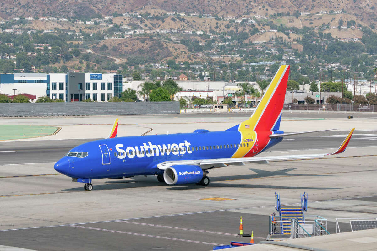 Southwest Airlines will fly Boeing 737s between Oakland and Palm Springs starting Nov 15, 2020