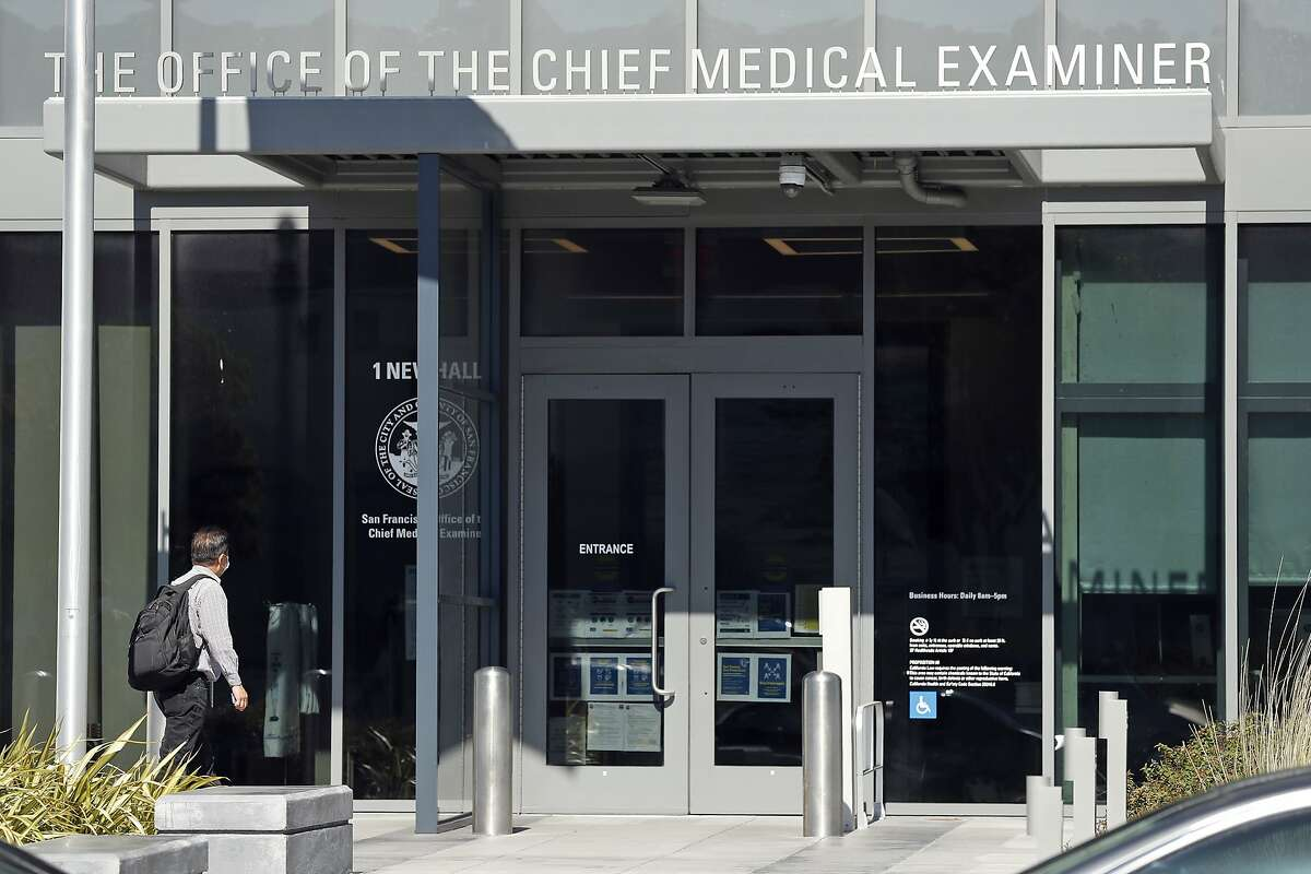 A lab analyst at the San Francisco Office of the Chief Medical Examiner was released after being arrested in Utah with an evidence bag of drugs.