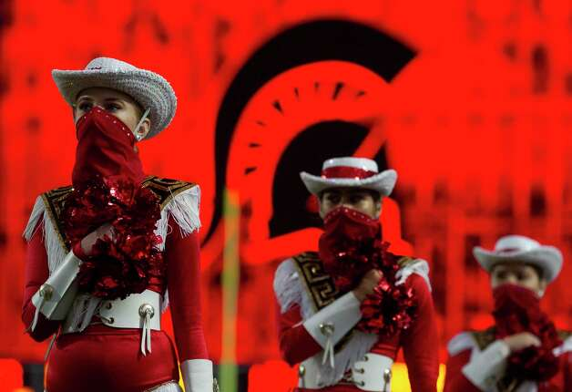Members of the Porter Graces dance team are seen before a District 8-5A high school football game at Randall Reed Stadium, Friday, Oct. 9, 2020, in Porter. Photo: Jason Fochtman, Staff Photographer / 2020 © Houston Chronicle
