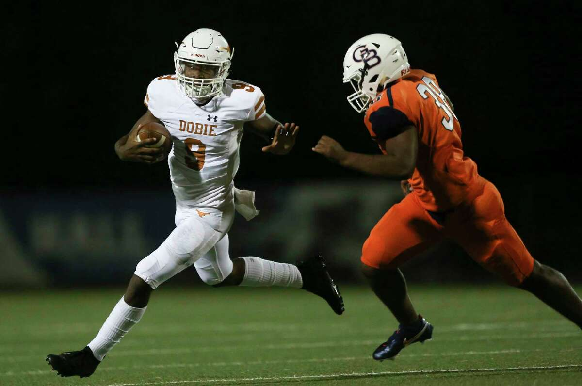 Dobie quarterback Cameron Gray and his squad figure to be the favorite to win another District 22-6A title.
