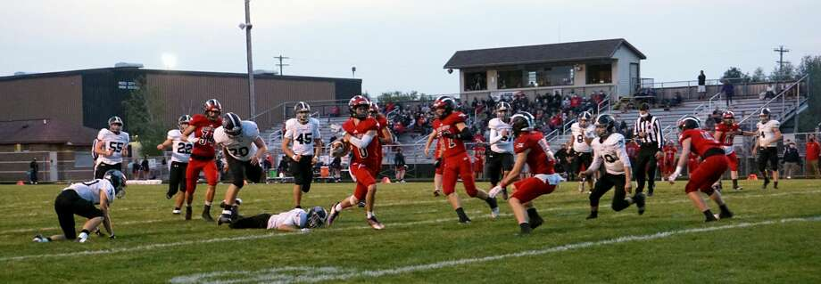 Reed City improved to 4-0 on Friday night with a 70-40 win over Newaygo. Photo: Pioneer Photos/Joe Judd