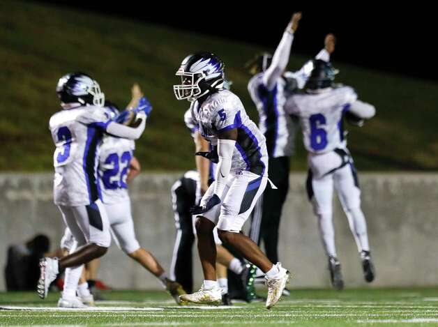 New Caney defensive back D'Juan Grant (5) reacts after Porter fumbled a punt near their own goal line during the third quarter of a District 8-5A high school football game at Randall Reed Stadium, Friday, Oct. 9, 2020, in Porter. Photo: Jason Fochtman, Staff Photographer / 2020 © Houston Chronicle