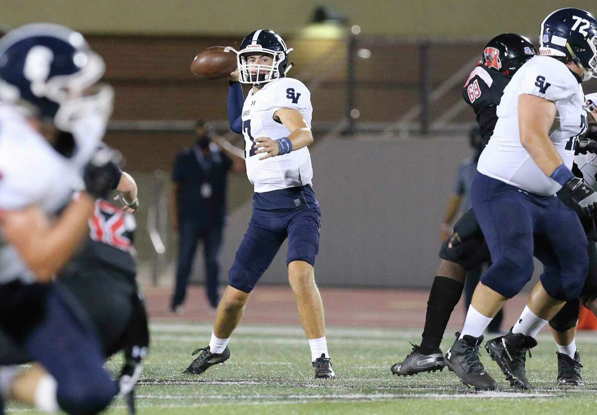 Smithson Valley quarterback Jakob Cernohous (17) rears back for a throw against Wagner during their football game at Rutledge Stadium on Friday, Oct. 9, 2020.