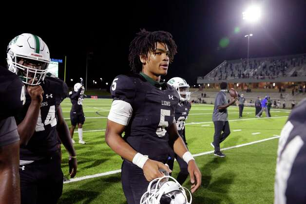 Spring quarterback Bishop Davenport (5) leaves the field after defeating the Dekaney Wildcats after a high school football game Friday, Oct. 9, 2020 at Planet Ford Stadium in Spring, TX. Photo: Michael Wyke, Contributor / © 2020 Houston Chronicle