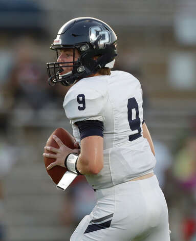 College Park quarterback Hank Hudson (9) drops back to pass during the second quarter of a non-district high school football game at Edward Mercer Stadium, Saturday, Oct. 10, 2020, in Sugar Land. Photo: Jason Fochtman, Staff Photographer / 2020 © Houston Chronicle