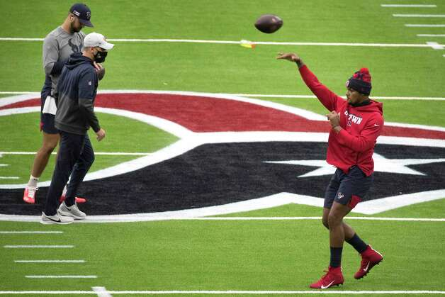 Houston Texans quarterback Deshaun Watson throws a football in the air while warming up before an NFL football game against the Jacksonville Jaguars at NRG Stadium on Sunday, Oct. 11, 2020, in Houston. Photo: Brett Coomer, Staff Photographer / © 2020 Houston Chronicle