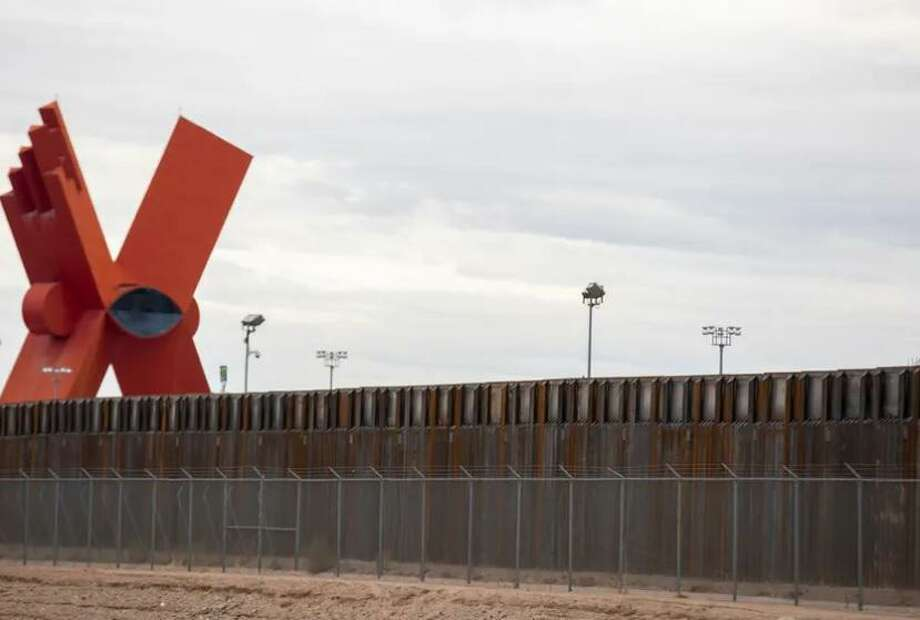 The new border wall projects in Texas would have covered more than 60 miles, according to the American Civil Liberties Union. Photo: Ivan Pierre Aguirre For The Texas Tribune