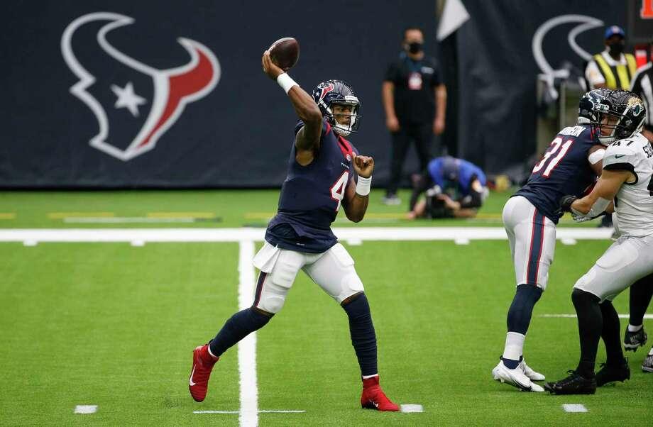 Houston Texans quarterback Deshaun Watson (4) throws the ball against the Jacksonville Jaguars during the first quarter of an NFL game at NRG Stadium on Sunday, Oct. 11, 2020, in Houston. Photo: Godofredo A. Vásquez, Houston Chronicle / Staff Photographer / © 2020 Houston Chronicle