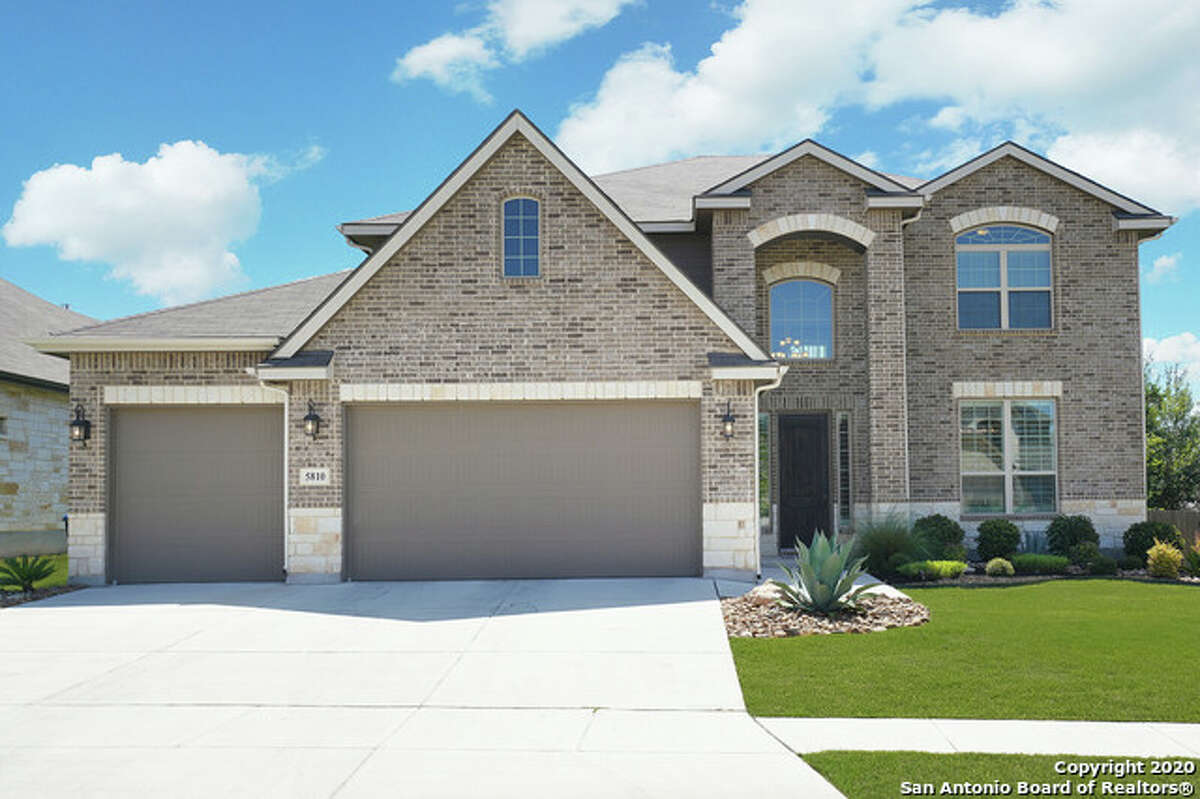 Alamo Ranch - a prominent unincorporated master-planned community located just off State Highway 151 and Loop 1604 - is an immensely popular place to live in the San Antonio area.