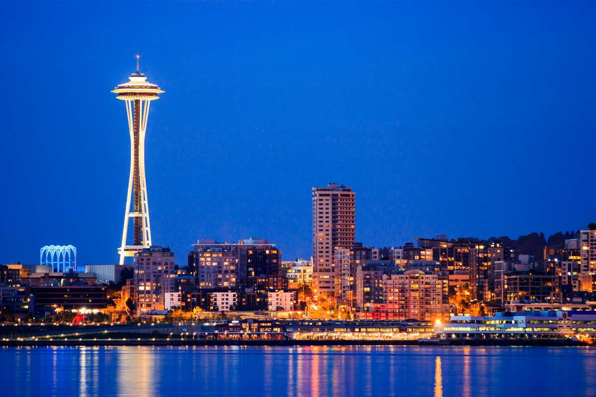 Downtown Seattle city skyline at night with Space Needle.