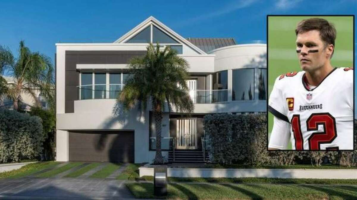 While the final sale price isn't known-yet-the waterfront home in Clearwater, FL, was listed for $7.5 million. On the market since last year, the contemporary dwelling in a private community went up for sale in November 2019 for $8.5 million. In August 2020, the home's price was sliced by a million dollars. Now, the home believed to be in Brady's sights is currently in