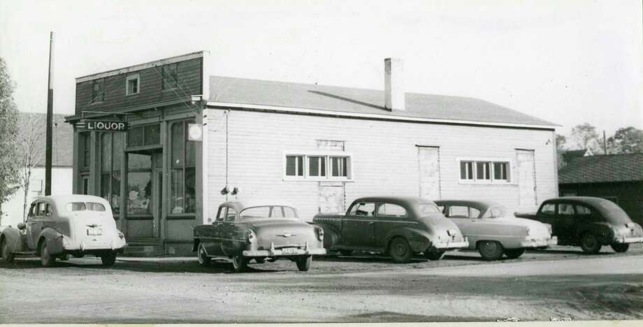 This photo shows the Filer City Tavern circa 1940. (Manistee County Historical Museum photo)