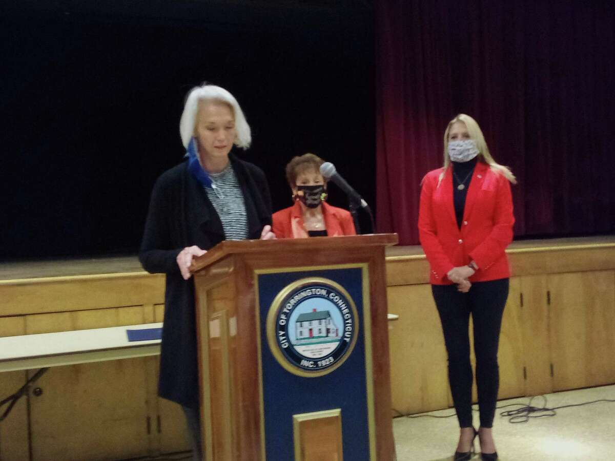 State Rep. Maria Horn speaks at an event in Torrington earlier this month.